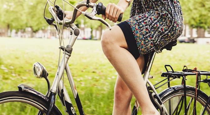 Велосипедистка пострада леко при пътнотранспортно произшествие, съобщават от ОД на
