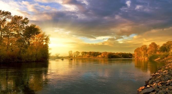 Ще преобладава слънчево време. Ще духа слаб, в Източна България