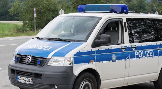 Полицията в Германия е арестувала една 20-годишна жена по подозрение