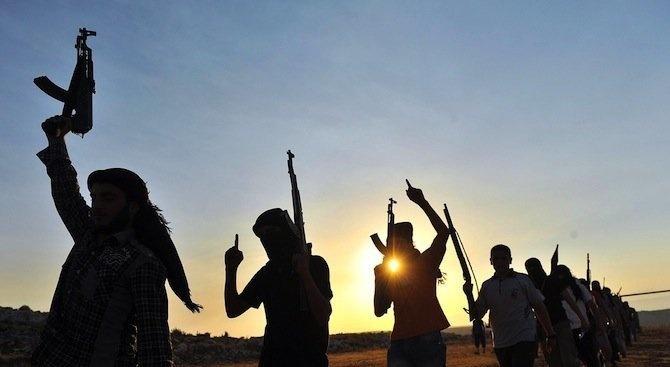 Най-малко 16 души са убити снощи в град Бени в