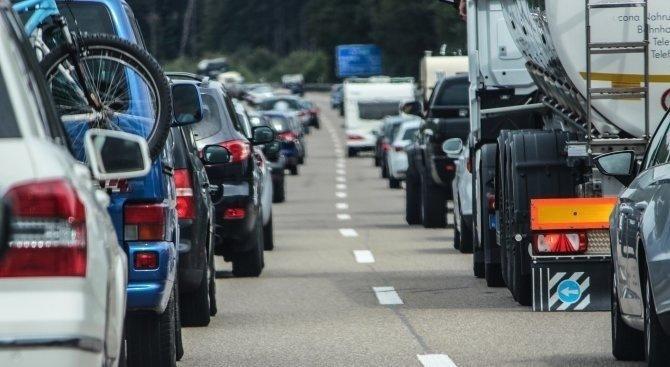 В понеделник ще се въведе ограничение на скоростта до 90