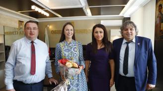 Ева Майдел: Свищов е пример, че правителството подкрепя всички общини без значение от коя партия е издигнато ръководството