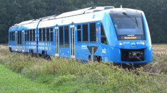 В Германия тръгнаха пътнически влакове на водород