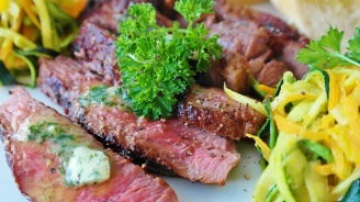 Редовната консумация на месо помага за сваляне на килограми