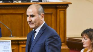 Цветанов: Президентът слуша съветниците си и взима такава хард позиция на конфронтация (видео)