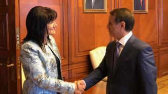 Караянчева: Имаме интерес от увеличаване на газовите доставки от Азербайджан