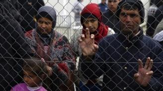 Полицията задържа десетима сирийци край Вакарел