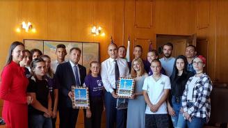 Цветан Цветанов се срещна с ученици от Велико Търново (снимки)
