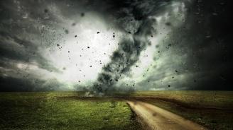 Няма данни за пострадали българи при опустошителното торнадо в Канада (видео)