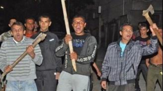 Роми нападнаха и счупиха ръката на охранител