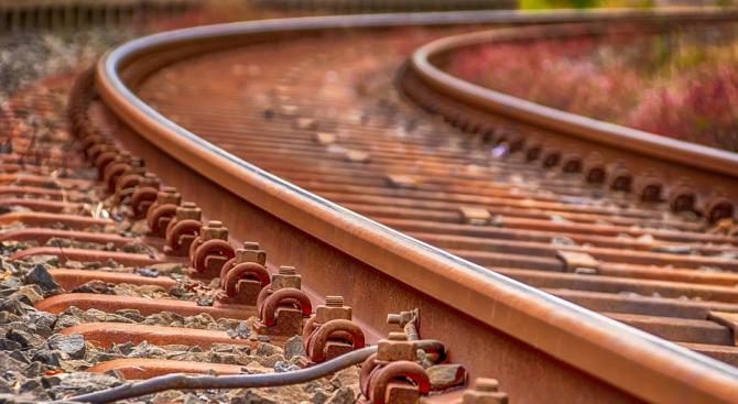 Спират единствения международен влак, преминаващ през  Македония