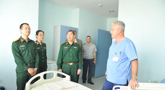 Военни лекари от Виетнам да се обучават в България –