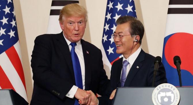 Президентите на САЩ и на Южна Корея Доналд Тръмп и