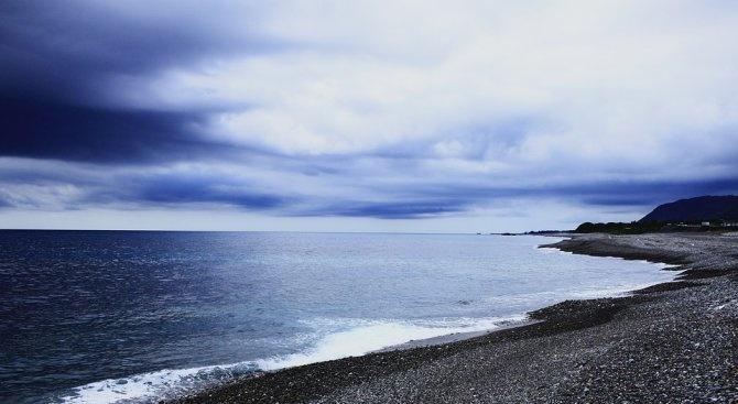 Двама рибари са се удавили снощи в морето между курортното