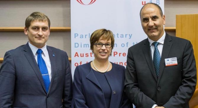 Председателят на ПГ на ГЕРБ и председател на Комисията по