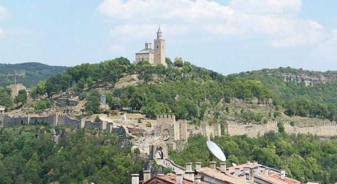 """Повече от 14 300 туристи са посетили Царевец и """"Св."""