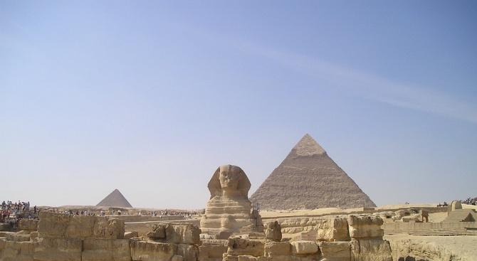 """Египет оповести, че археолози открили """"масивна"""" древна сграда в Мит"""