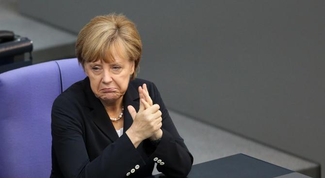 Авторитетът на германския канцлер Ангела Меркел понесе неочакван удар днес,