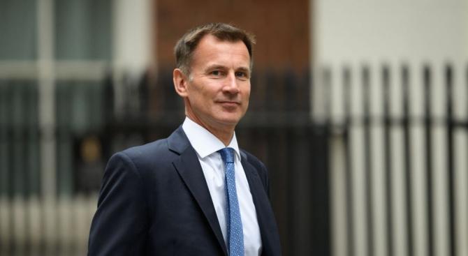 Британският министър на външните работи Джереми Хънт каза днес, че