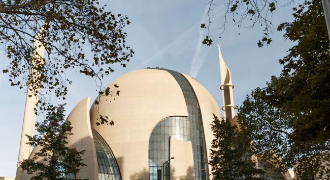 Ердоган откри джамия в Кьолн