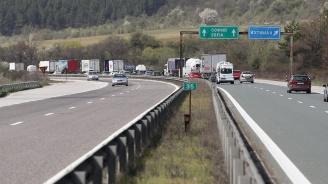 Важно за шофьорите: Ограничения, засилен трафик и полиция в последния почивен ден