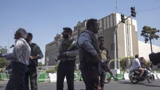 Иран предупреди САЩ и Израел да очакват унищожителен отговор след атентата в Ахваз