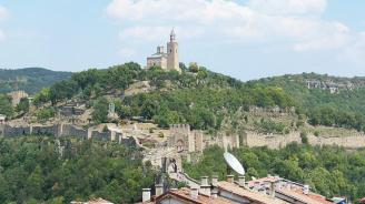"""14 300 туристи са посетили Царевец и """"Св. 40 мъченици"""" през празничните дни"""