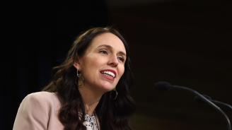 Министър-председателят на Нова Зеландия пристигна на Общото събрание на ООН с бебето си (видео)