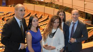 Цветанов се срещна с представители на Младежи ГЕРБ в Европейския парламент