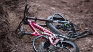 Кола блъсна дете с колело