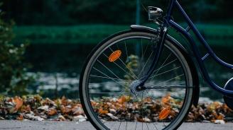 Дядо блъсна с колата си 74-годишен велосипедист