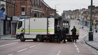 Холандската полиция откри 100 кг материал за кола бомба в домовете на заподозрените за атентат