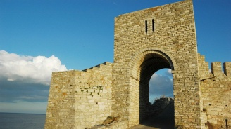 Историческият нос Калиакра посетен от над 100 000 туристи