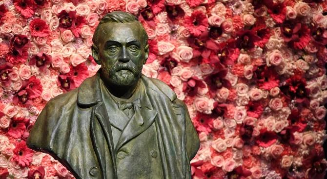 Трима учени са лауреати на Нобеловата награда за физика за