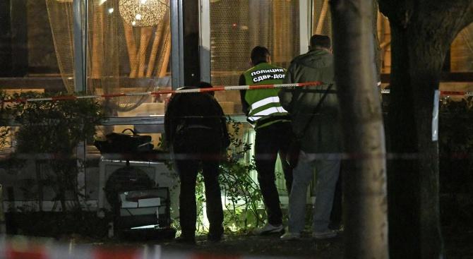 Все още няма задържани за снощната стрелба в София. Двама
