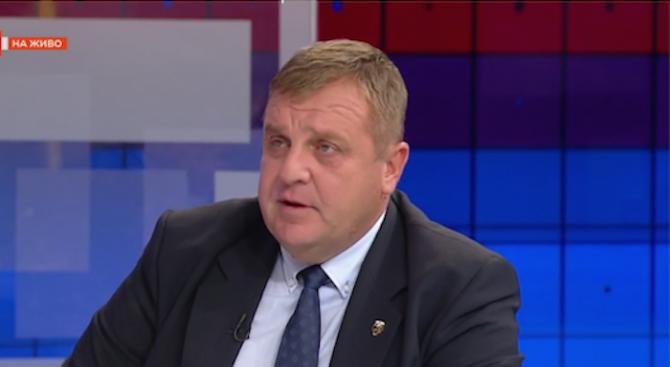 Каракачанов: Защо, който е пил бира и е шмъркал, да има предимство за държавна работа пред момче, което е служило?