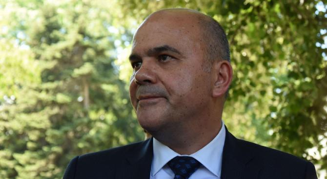 Бисер Петков: Има постигнати взаимноприемливи решения относно Закона за хората с увреждания