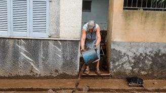 Започна разчистването след потопа в Майорка