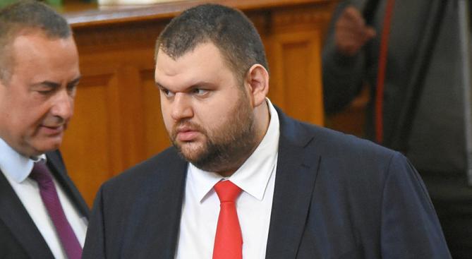 Депутатът от ДПС Делян Пеевски изпрати отворено писмо до медиите.В