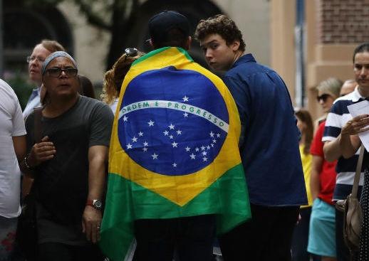 Жаир Болсонаро, фаворит за спечелването на втория тур на президентските