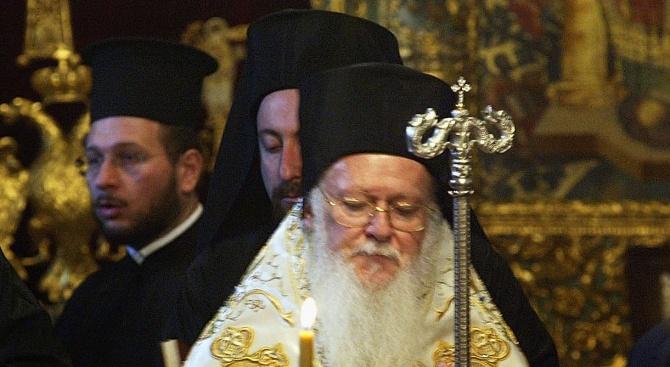 """""""Вселената"""" на патриарх Вартоломей се разширява с две украински църкви,"""