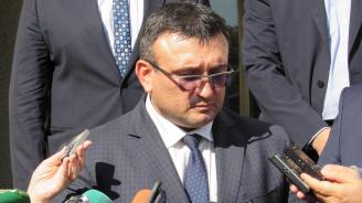 Младен Маринов от Русе: Работим по всички версии за убийството и не изключваме нито една