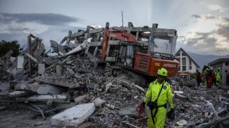 Жертвите на земетресението и цунамито в Индонезия надхвърлиха 2000