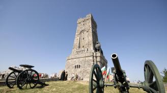 Министерството на културата ще изготви проект за реставрация на паметника на Шипка