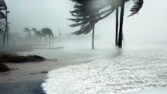 Ураганът Лесли достигна Португалия и Испания (видео)