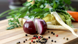Ролята на лука и чесъна в диетите