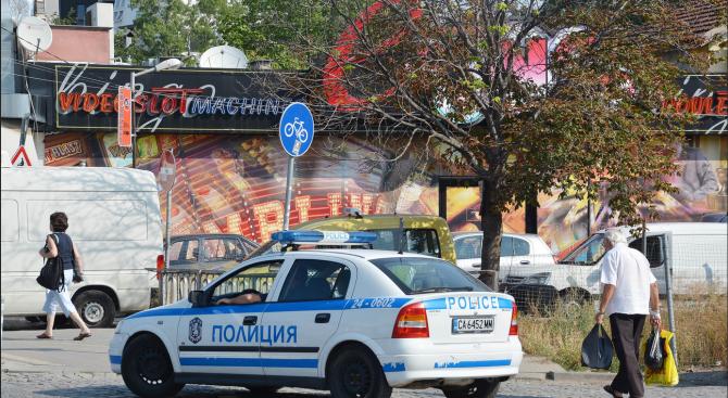 Двама души са задържани след побой над клиенти на дискотека