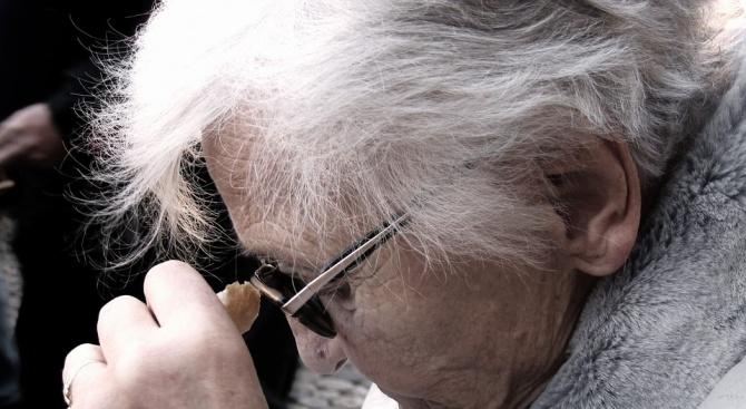 55-годишен мъж от септемврийското село Варвара е спасил 84-годишна жена