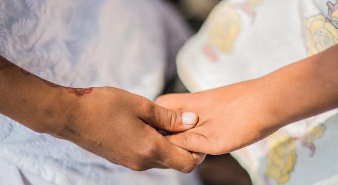 Болна от левкемия жена помогна на друг нуждаещ се