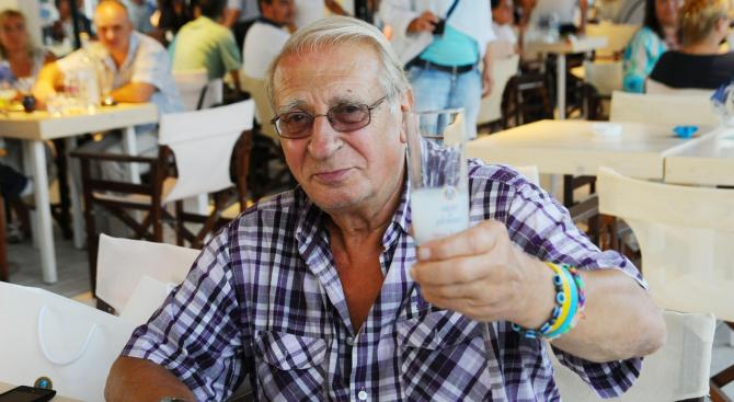 Състоянието на Славчо Пеев (79 г.) – директор на Дупнишкия